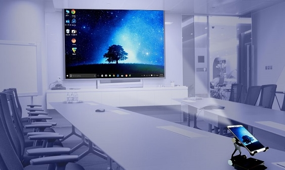 планшет Holofone на базе операционной системы Windows 10